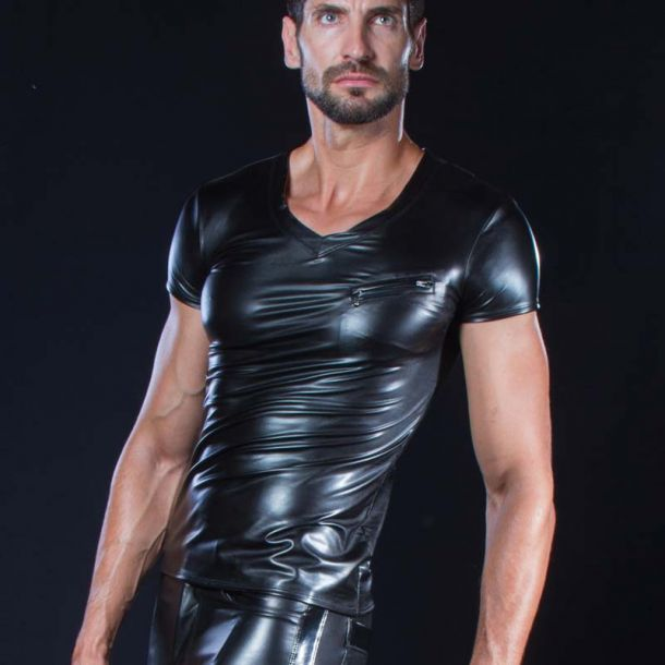 Wetlook V-Neck T-Shirt MATIS - Black