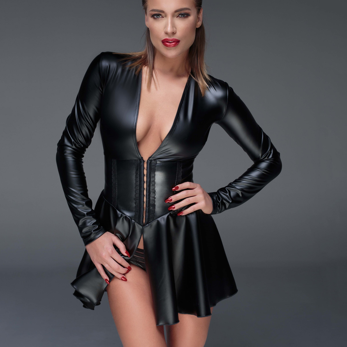 Noir powerwetlook Mini-robe f168