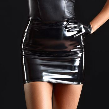 Vinyl Mini Skirt PRALINE - Black